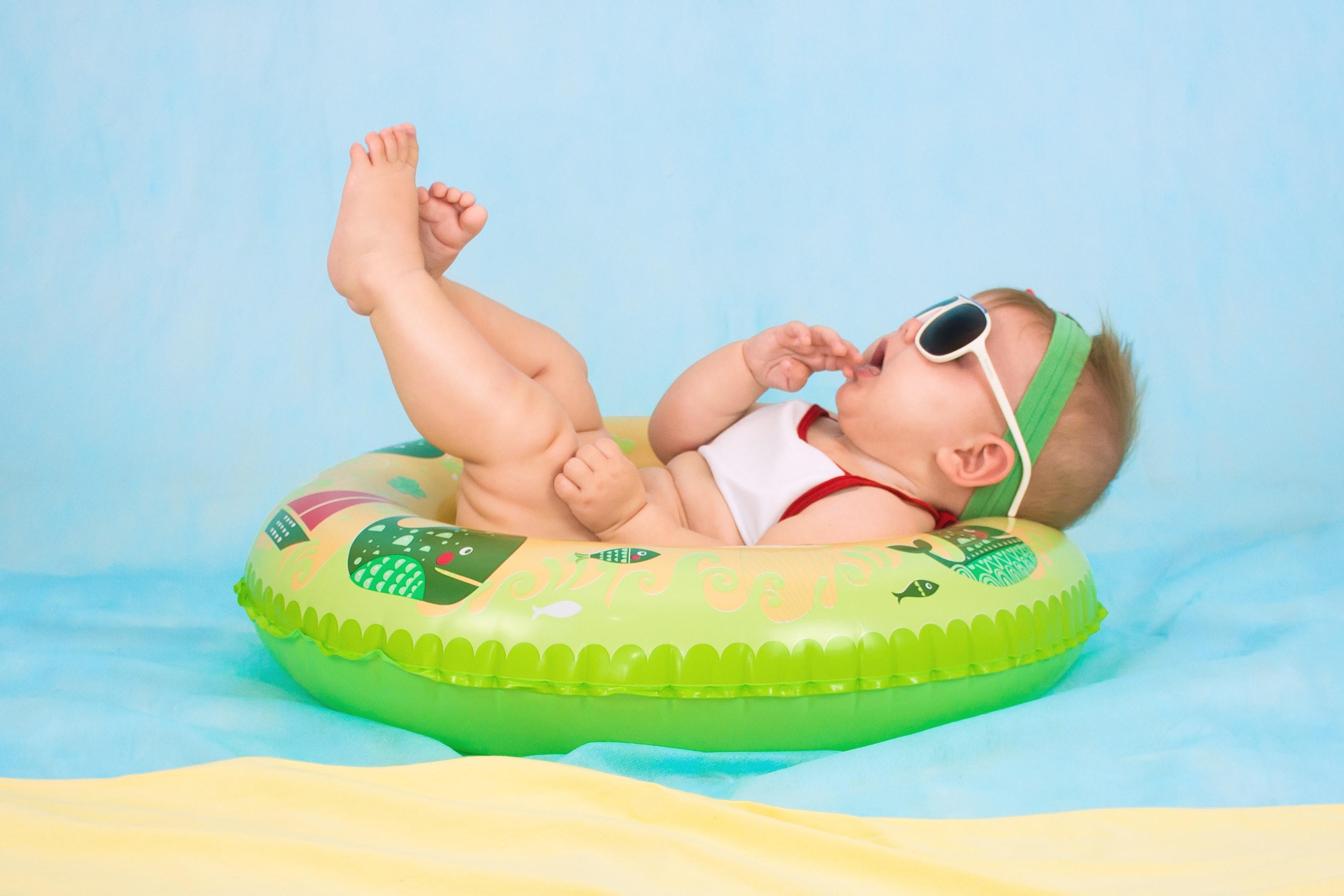 Occhiali da sole per neonati sicuri