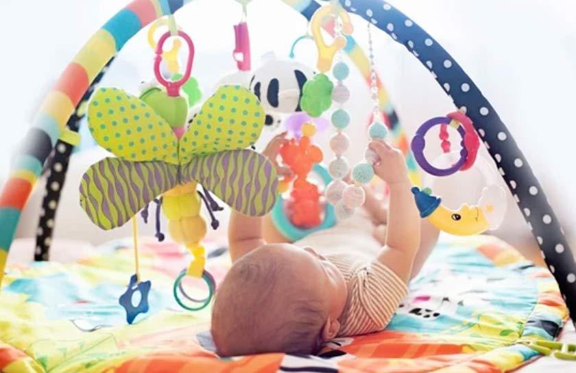 palestrina con tappeto per neonato